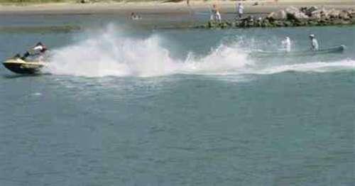 Jet-ski e embarcações: Marinha do Brasil agenda prova de arrais amador