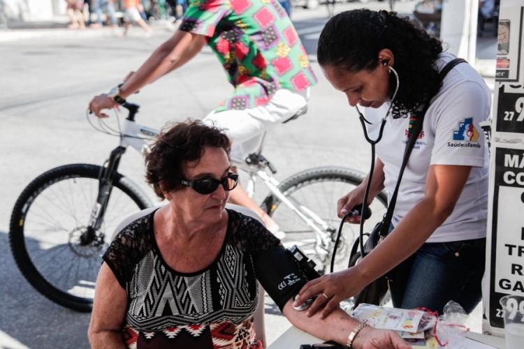 Dia da Saúde com diversas ações e serviços gratuitos no centro de Linhares e Unidades de Saúde