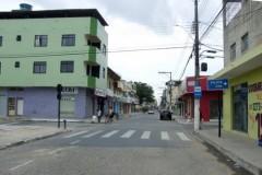 Bandidos fazem família de ex-vereador de Sooretama refém e fogem em Amarock