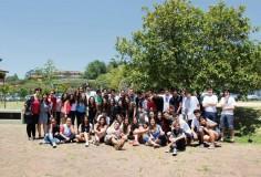 Estudantes de SP trocam festa de formatura por trabalho voluntário em Regência