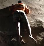Jovem envolvido com o tráfico de drogas é assassinado a tiros no Puteirão, no Aviso