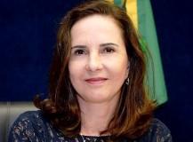 Justiça suspende propaganda eleitoral na televisão da candidata Eliana Dadalto
