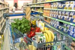 Professor de Linhares será indenizado após ter cartão de alimentação recusado em rede de supermercados