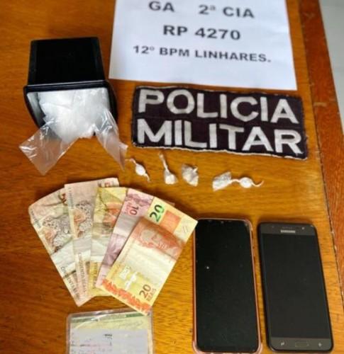 Travesti do Interlagos é presa e confessa a venda de papelotes de cocaína por R$ 50